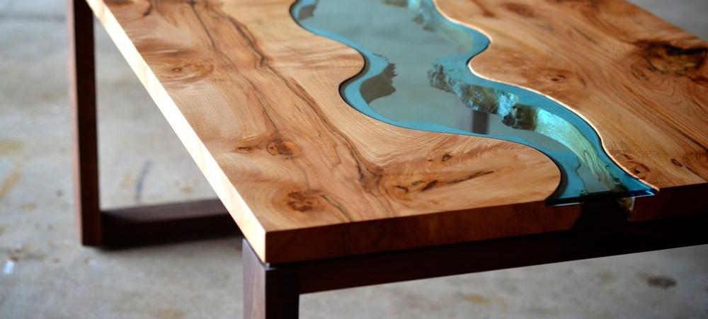 Оригинальные столы из слэбов в стиле «RIVER»